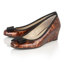 Lotus Rea shiny tortoiseshell wedges