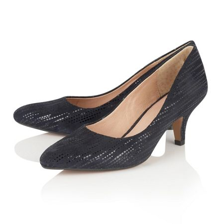 Lotus Dandelion pointed toe court shoes
