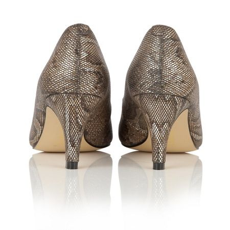 Lotus Colombina animal print courts