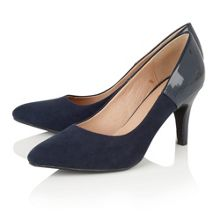 Lotus Betulia pointed toe courts