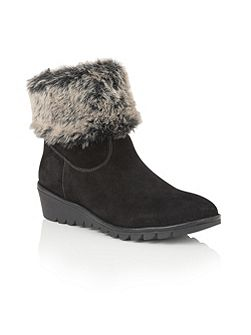 Namika suede ankle boots