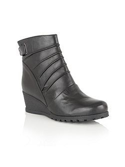 Zahira leather ankle boots
