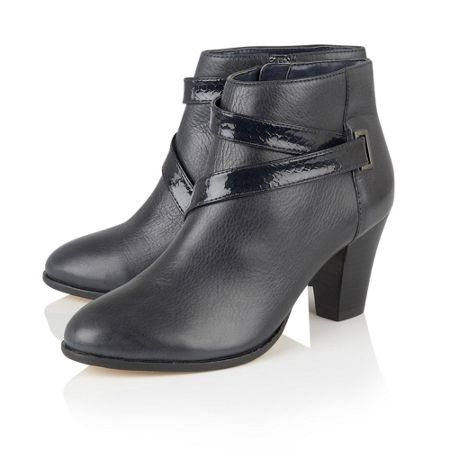 Lotus Thore leather ankle boots