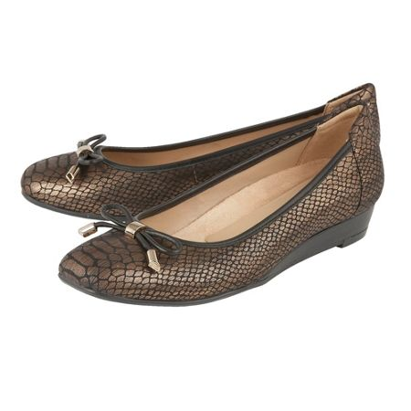 Naturalizer Dove ballet style flats