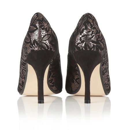 Lotus Crocus pointed toe courts