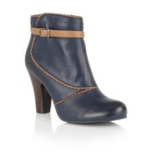 Lotus Hallmark Morie ankle boots