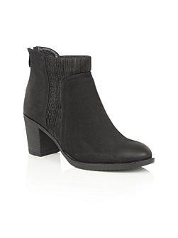 Elm ankle boots