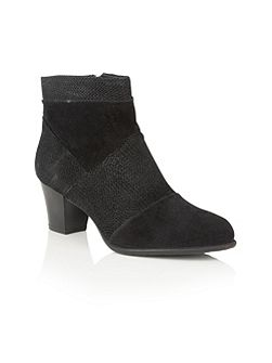 Founex ankle boots