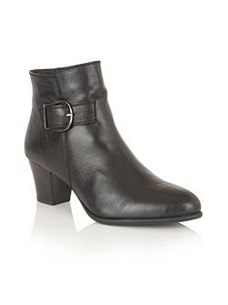 Genevieve ankle boots