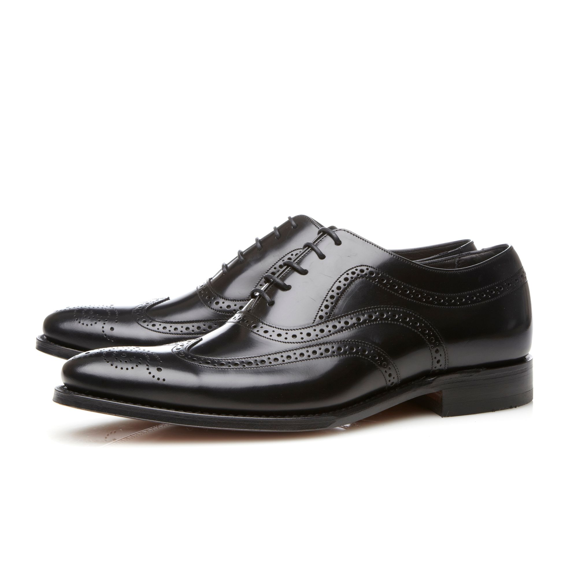 Jones wingtip lace up brogues