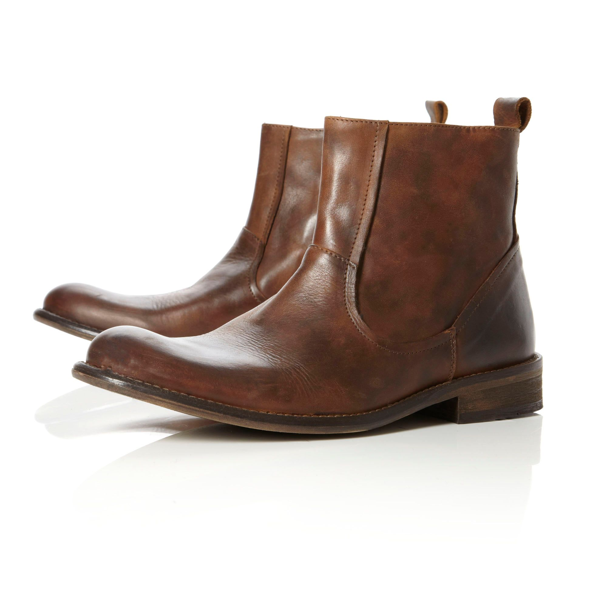 Crowd round toe zip boots