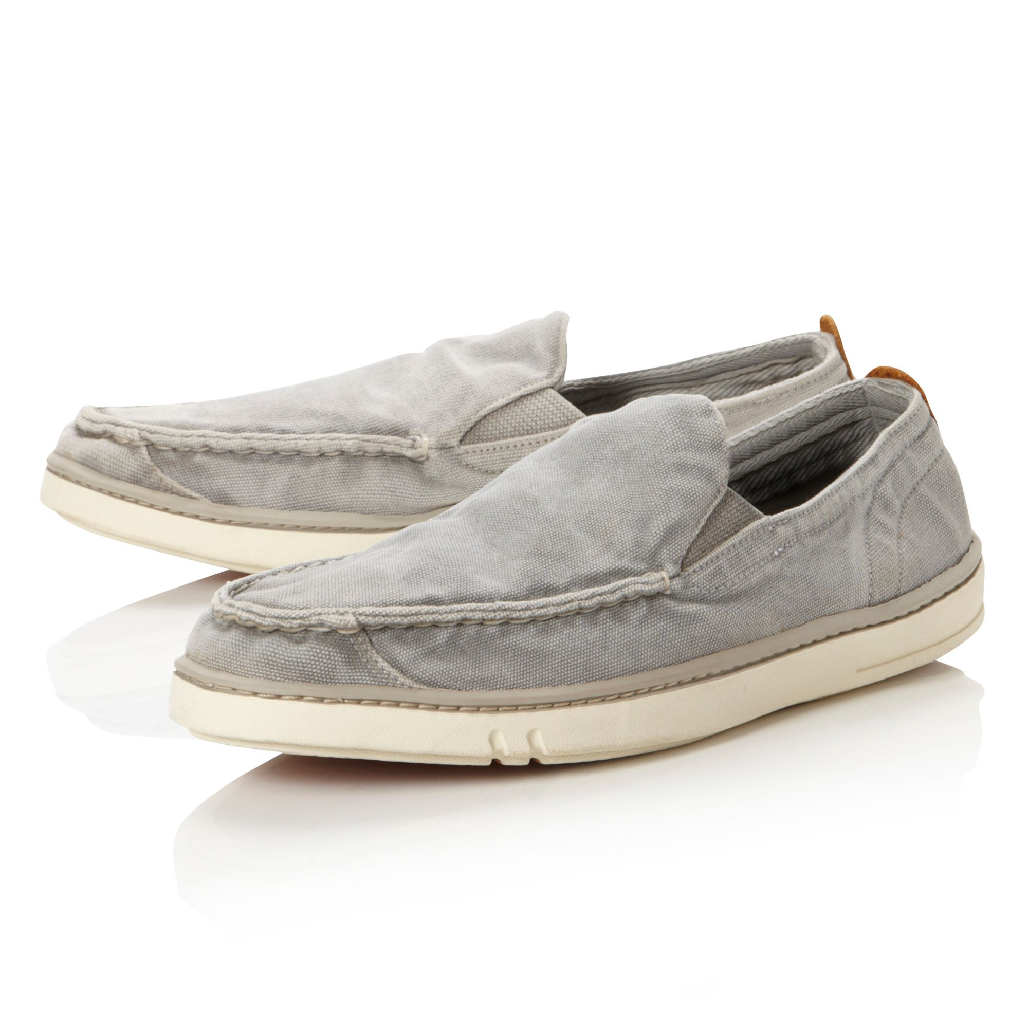 5739R unlined canvas slip on shoes
