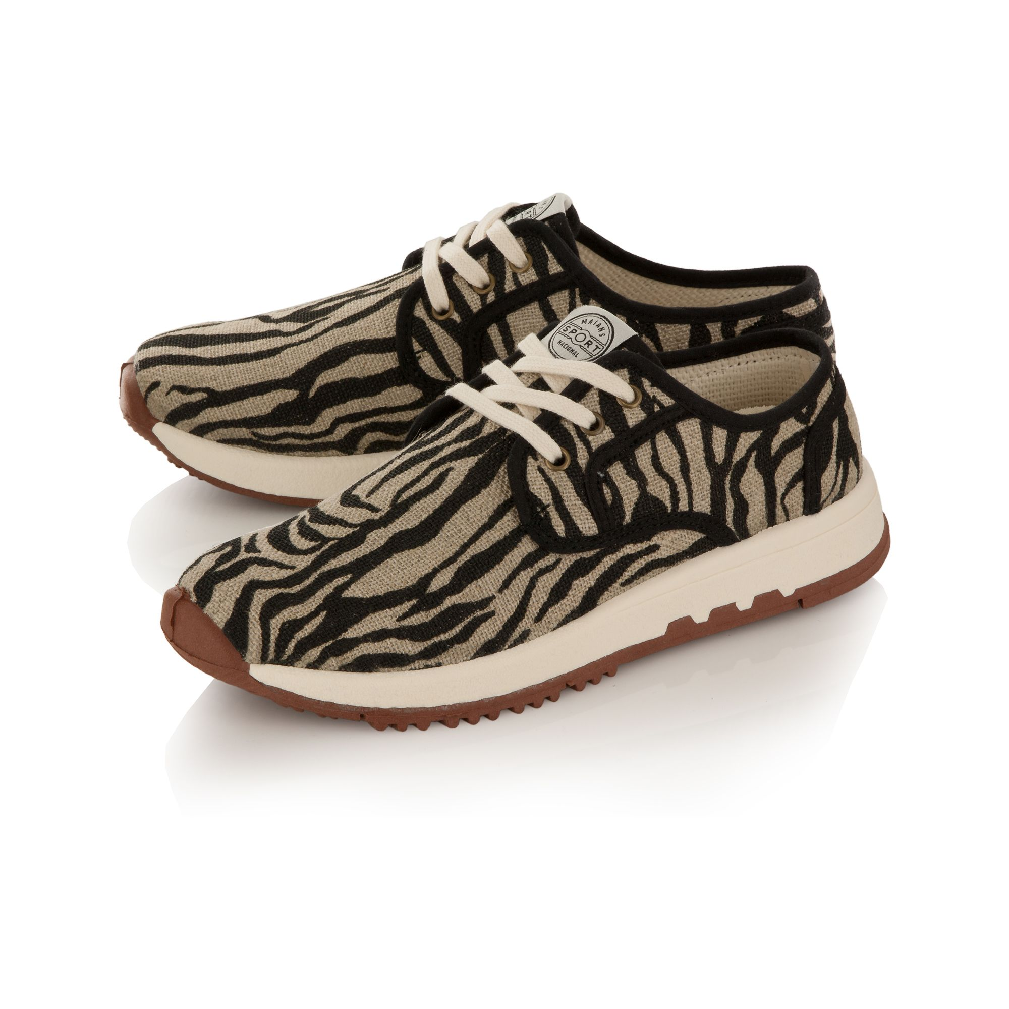 Zebra canvas runner shoes