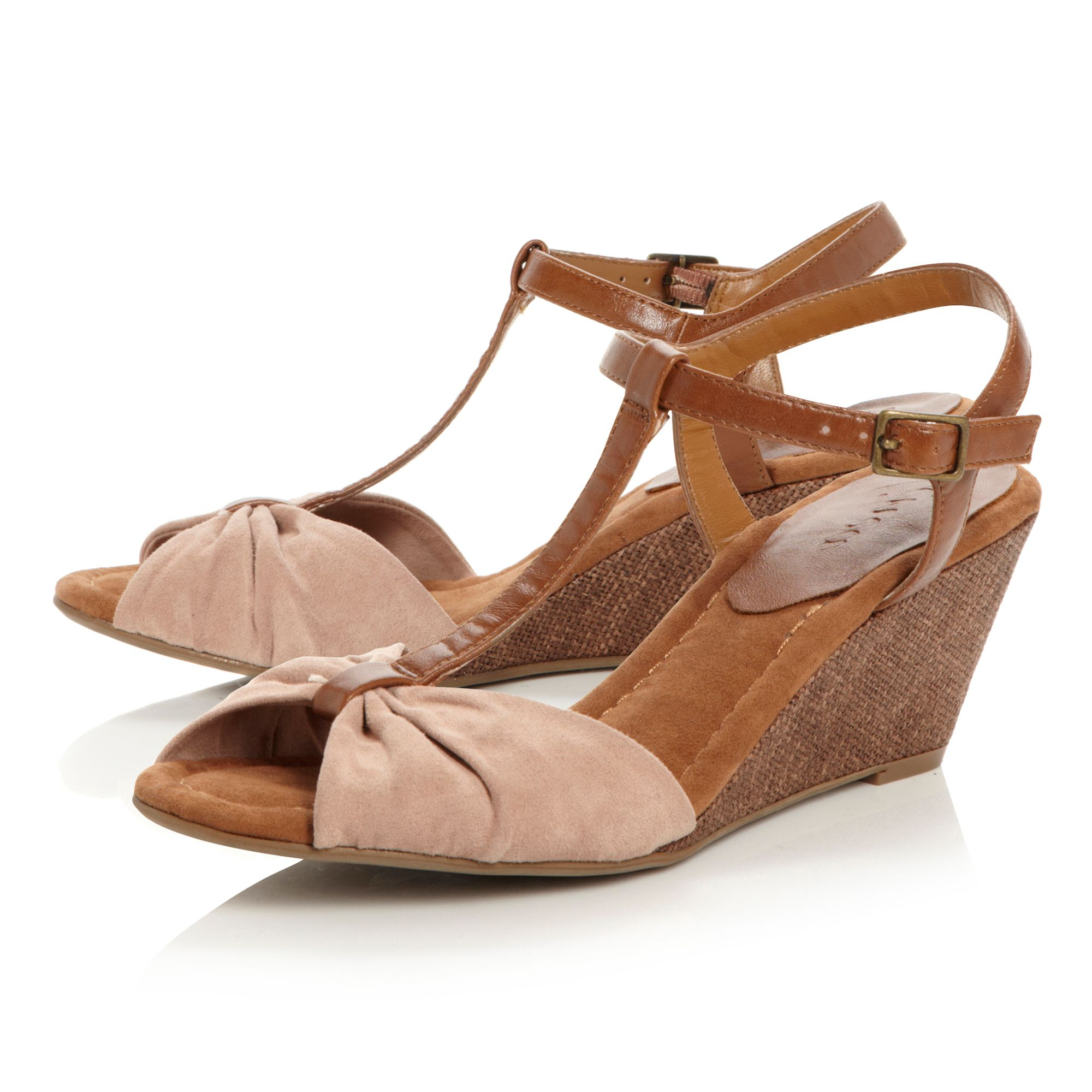 Gombard T-bar low wedge sandals