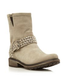 Frannkie SM Studded Strap Low Boots