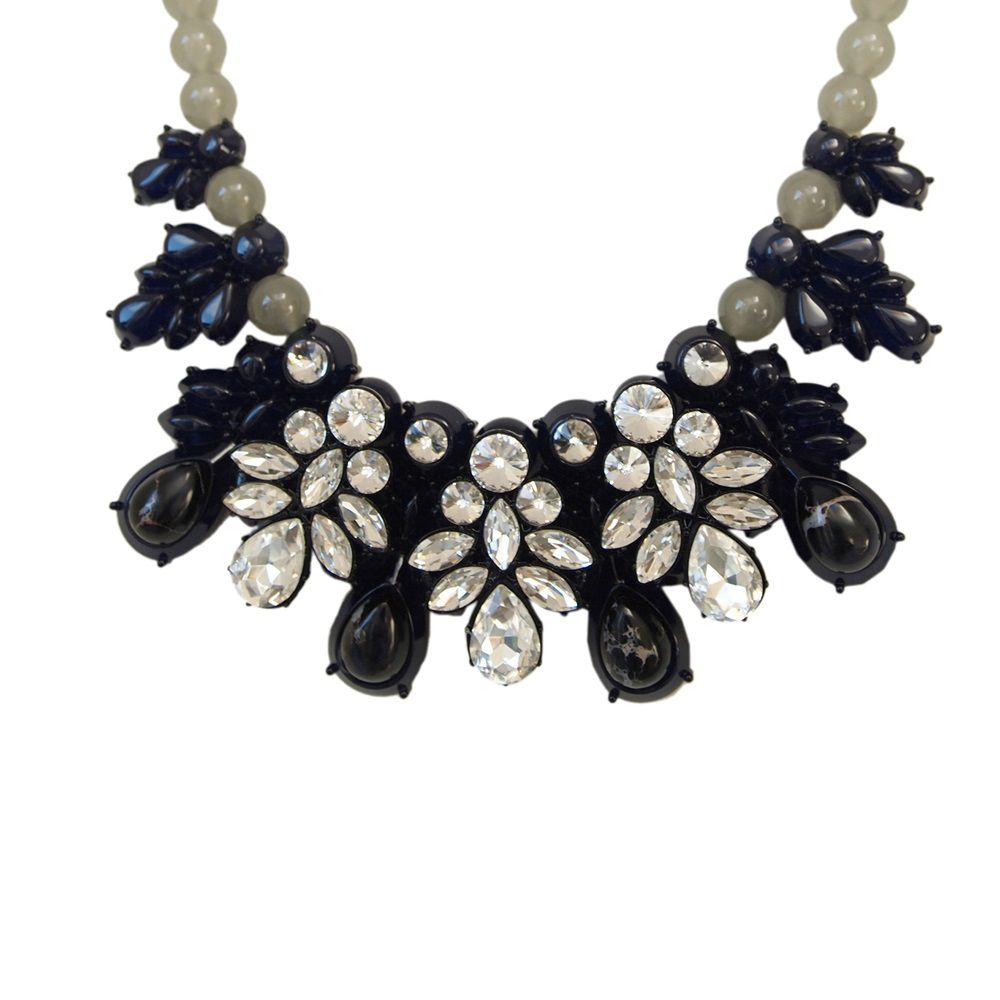 Laila statement necklace