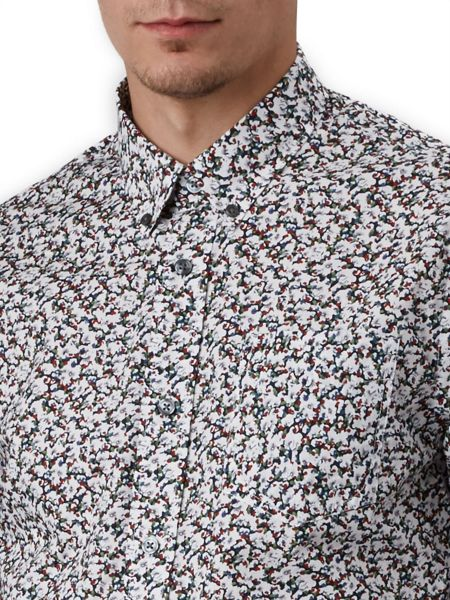 Pretty Green Slim Fit Woodlands Floral Shirt