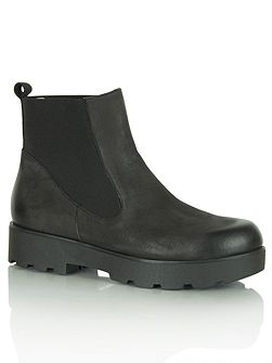Daniel Reeses ankle boots