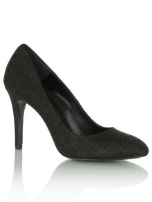 Textured actions round toe court shoes