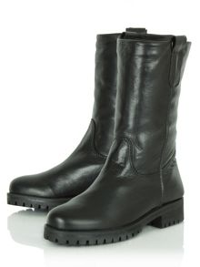 Sherla calf high boots