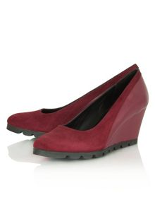 Vasia pump  wedge court shoes