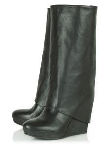 Grips wedge calf boots