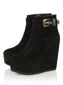 Antilla wedge ankle boots