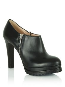 Regents park cleated sole shoe boots