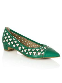 Queens laser cut pointed flat shoes
