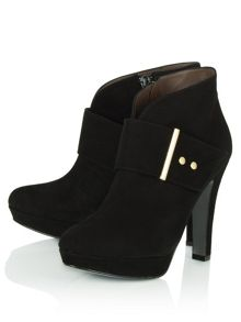 Neighbour suede ankle boots