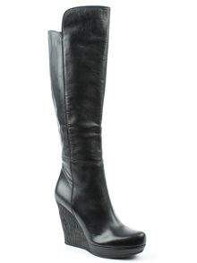 Daniel Wiser leather knee high boots