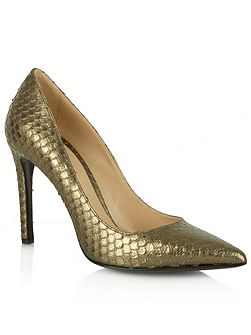 Daniel Modest reptile pointed court shoes