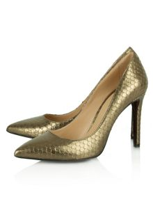 Modest reptile pointed court shoes