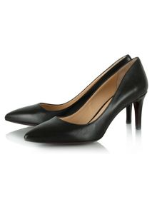 Maturity leather pointed court shoes