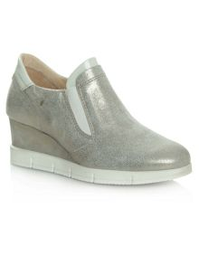 Daniel South dakota sporty wedge trainers