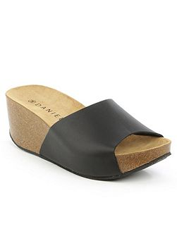 Tavernola plain wedge mules