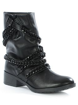 Respectful chain biker boots