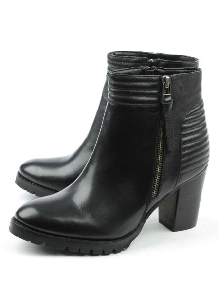 Daniel Derwentwater high stacked ankle boots