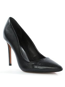 Skycrambe high court shoes