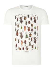 Beetles And Bugs Pattern Crew Neck Regular Fit T-