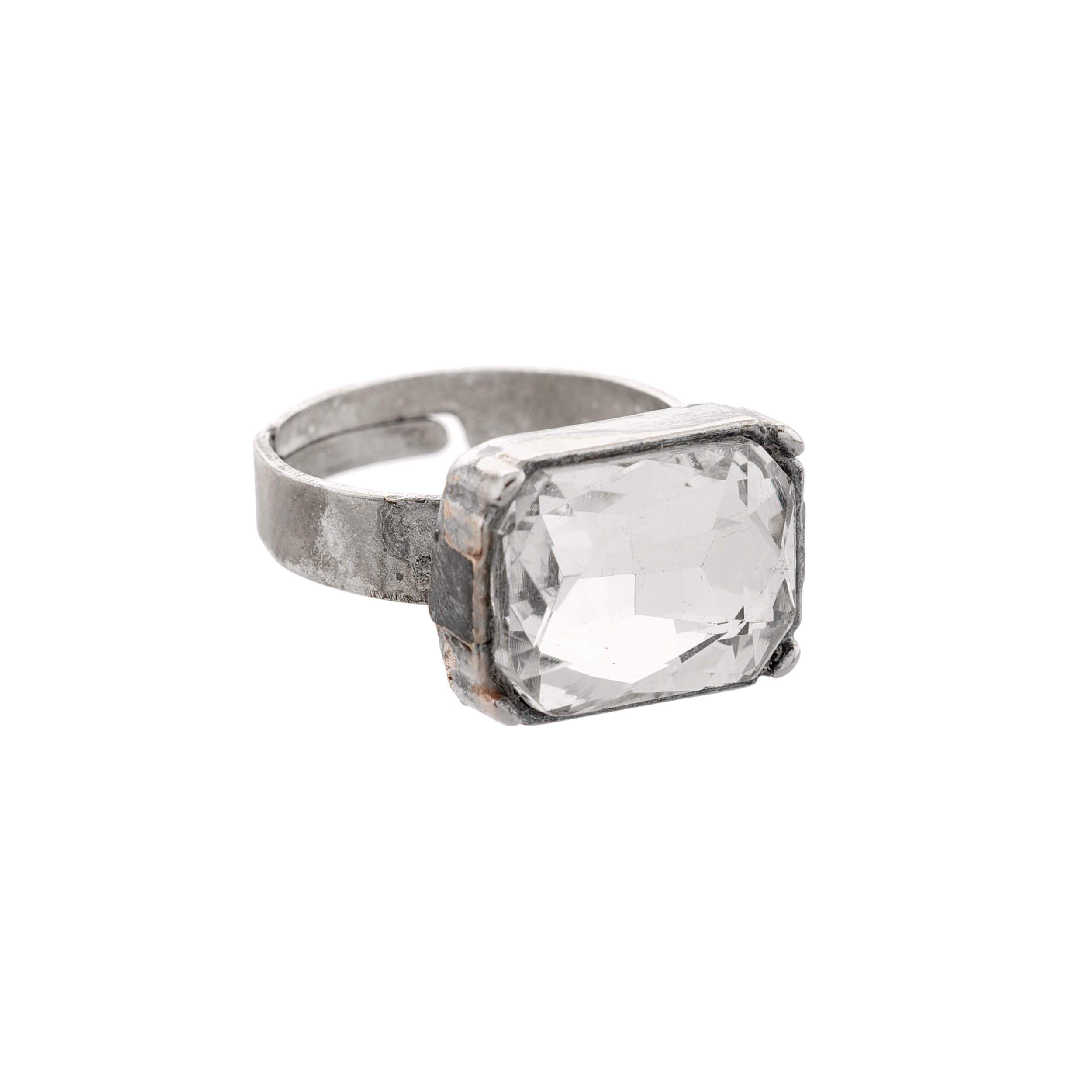 Moonlight crystal square stoned ring