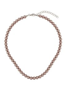 Plain pearl necklace