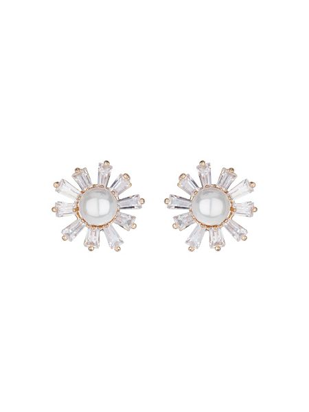 Mikey Baguette flower centre pearl earring