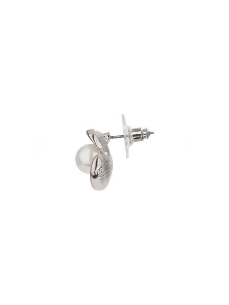 Mikey Daisy design pearl stud earring