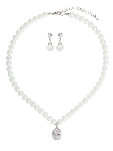 Mikey Oval Crystal Pendant Pearl Necklace Set