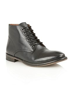 Oval Mens Lace-Up Boots