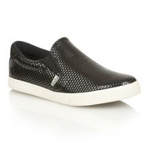 Delta hex black trainers