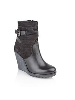 Honolulu ankle boots