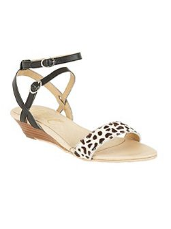Fremont low wedge sandals