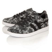 Jacobson Equipe Reptile trainers